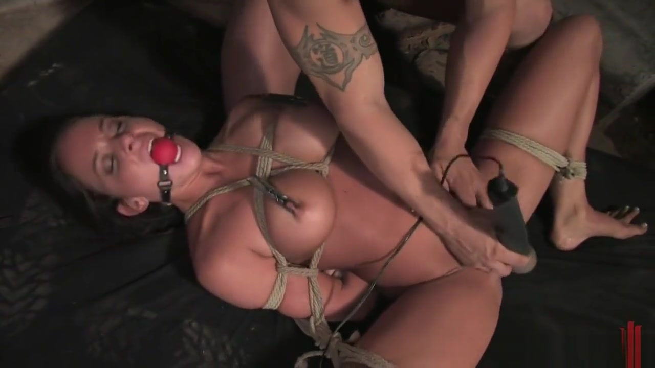 BDsm,Bondage,Fucking pussy,tied,humilition Milf fucked in tub xxx amateur double