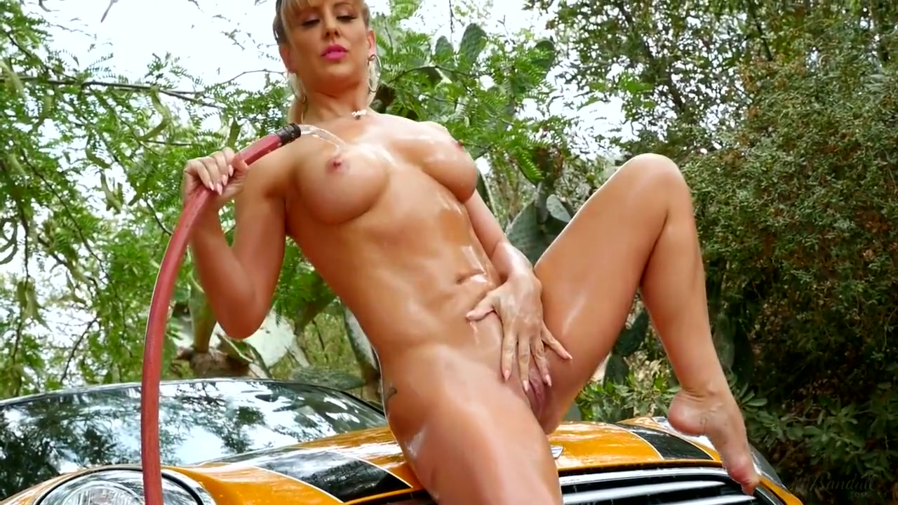 holly randall 181127 cherie deville bts Looking for a white guy in Sliven