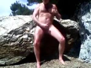 branle d un bear sur la plage Butch lesbian nude pics