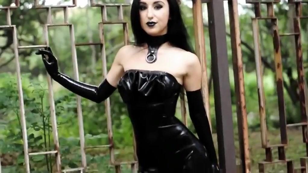 Hot Got Slut in Latex Single middle aged woman blog