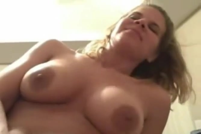 Cheating Housewife Caught On Cam Free streaming porn wank