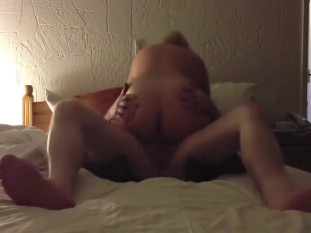 Cheating lovers fuck in a hotel room Nude male cruising for sex