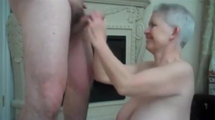 Godlike mature woman having an amateur fun times Sexy girl suck pussy