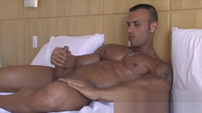 Gianlugi Punch ebony porn