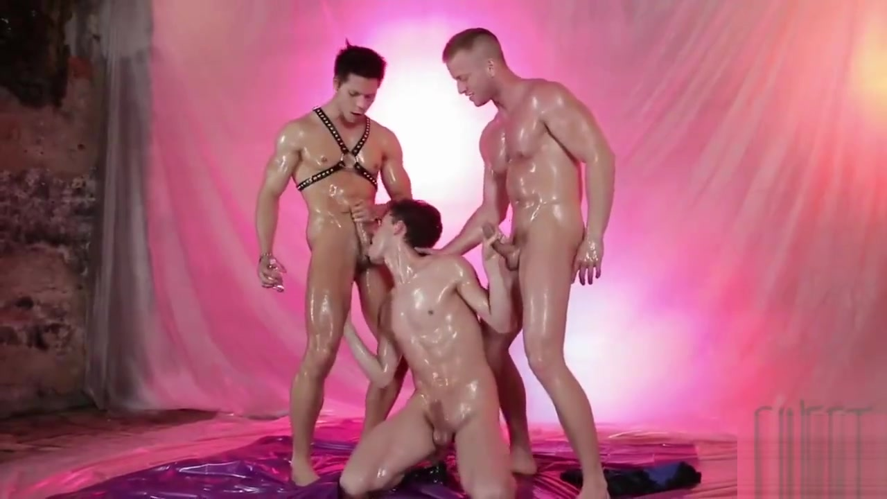 Johnny Cruz, Denis Reed and Ennio Guardi Phat latina tits
