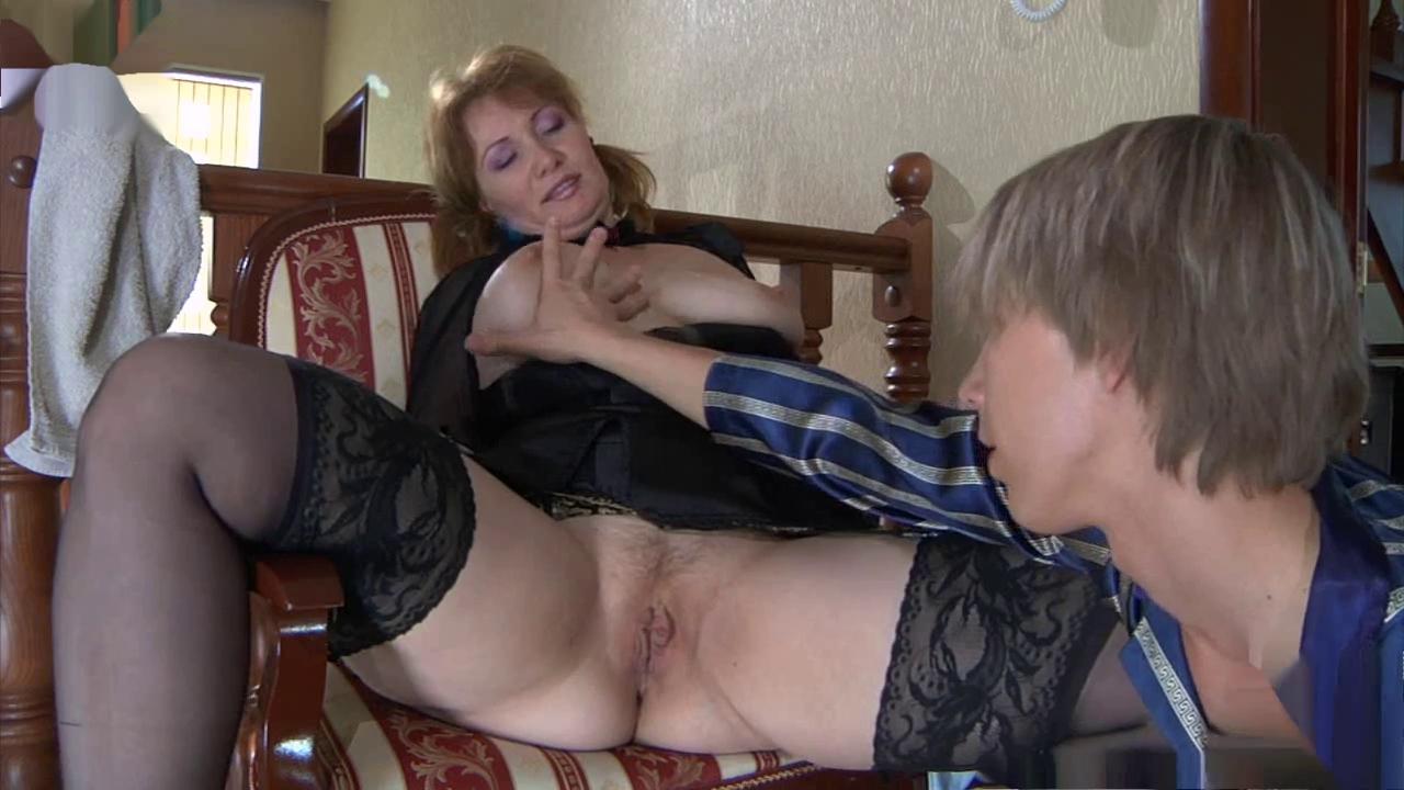 Секс с мамками в соку, лесби ласкания языком клитор видео до оргазма