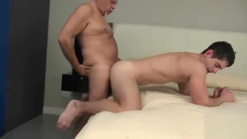 TRAILER O4M Sharing Taxi Driver naked red headed woman