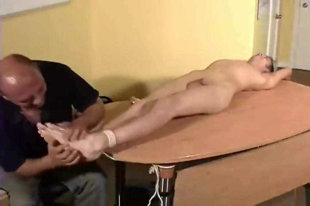 Tickle Him Blonde whore is double penetrated on camera