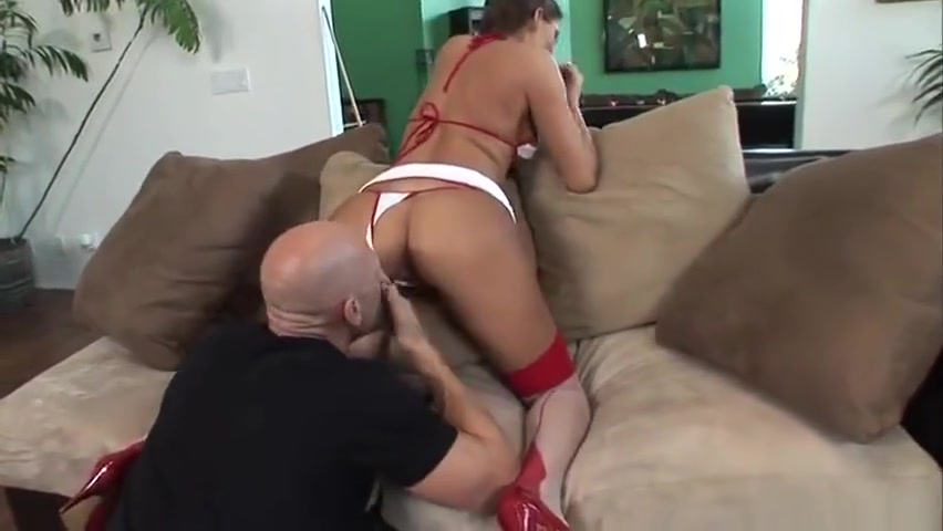 Unbelievable brunette Madelyn Marie featuring hot sex action ending with cumshot relato de sexo de nena jugando con el perro
