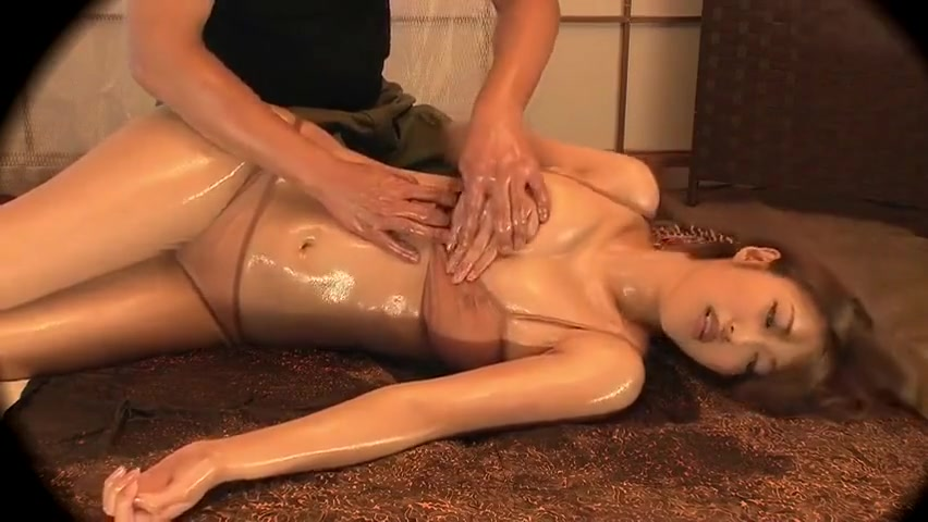 Alluring Japanese mom featuring blow job video