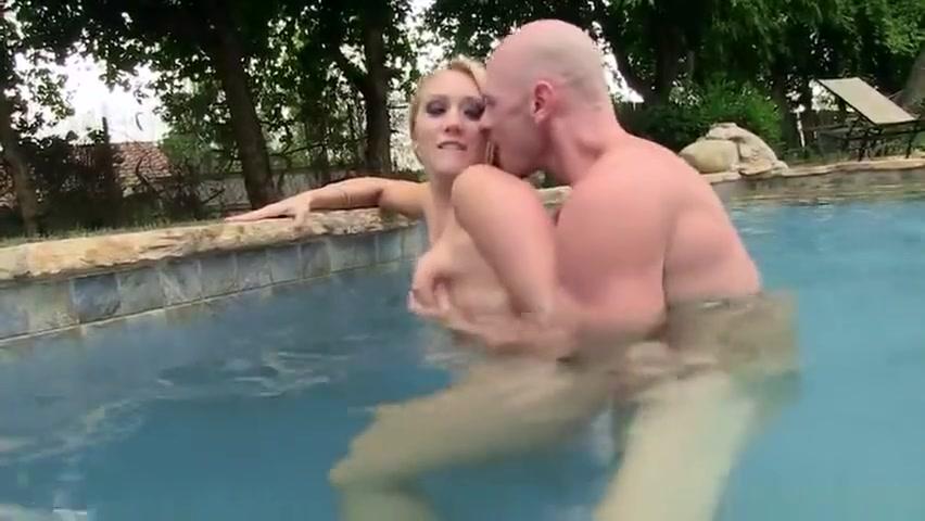 Awesome blond AJ Applegate asshole fucked