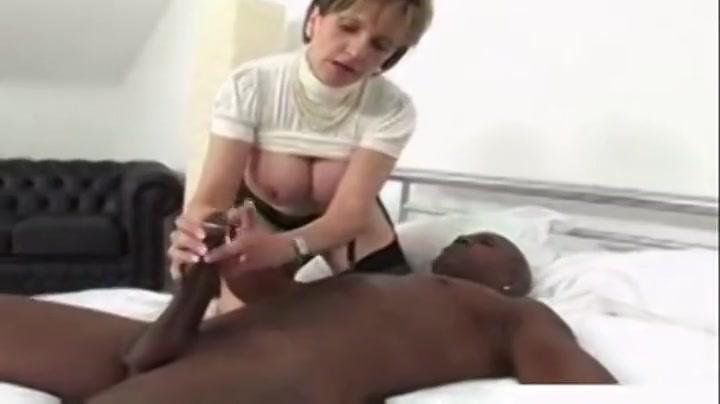 Ambrosial experienced lady performin in interracial porn movie