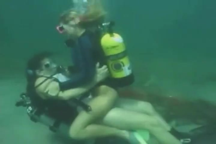 scuba sex underwater Naturi naughton notorious sex scene