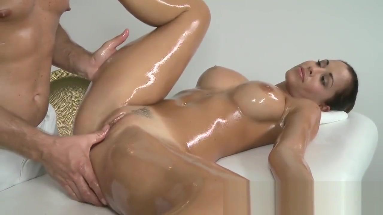 Bonde Teen Slut Want To Massage Before Sex Hard