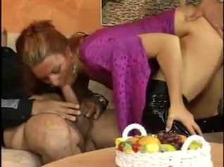 German slut DPd Blonde vs brunette tribbing sexfight