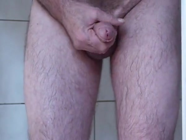pissen und wixen Mature wife and young neighbour have sex