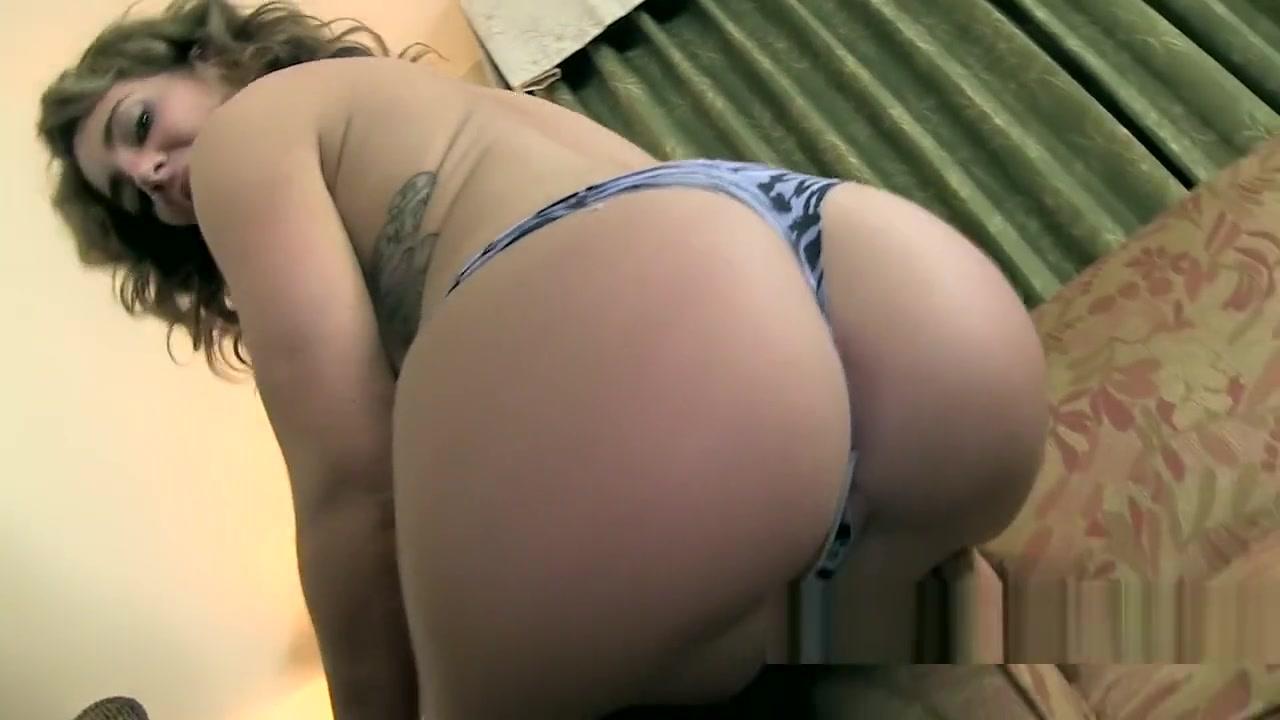 Savannah Fox panty farts older woman with girl lesbian