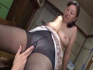 Ebony spuiten orgasme