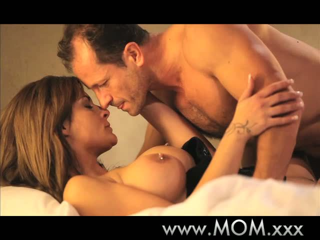 MAMMA Experienced mother Id like to fuck cant live without knob