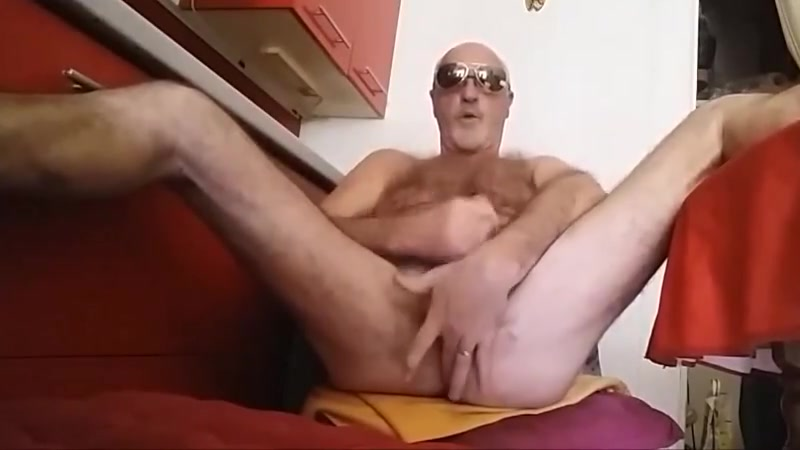 branle chez moi Stud gladly perform gratifying of a nasty wench