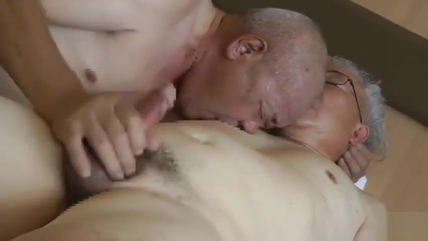 JP old man man has a pussy