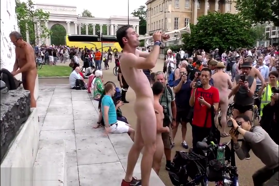 Sexy naked man plays trumpet in London town square Jangli Movie