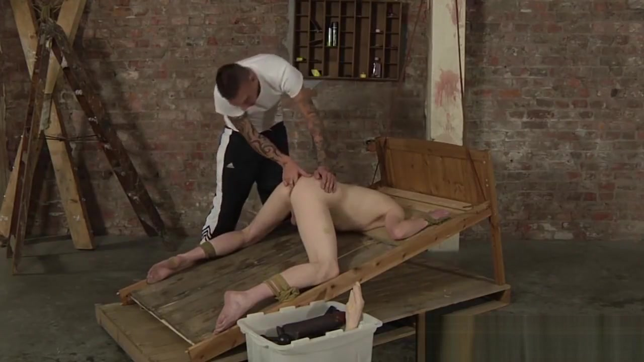 Twink Levi Stephans endures rough anal play while bound big ass and big booty