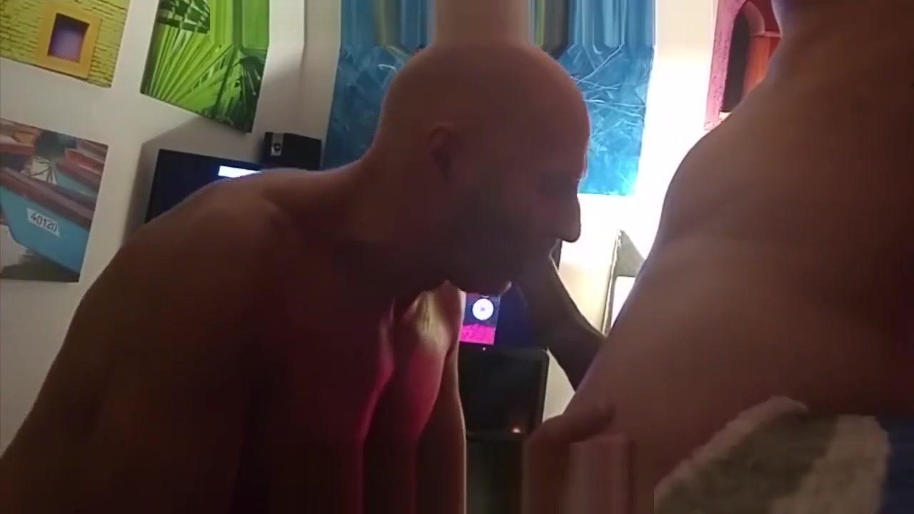 GARGANTA PROFUNDA EN SESION DE MASAJES Hot actress pussy