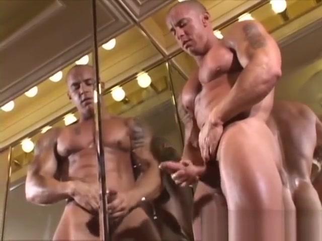 MuscleHunks - Muscles in Vegas Fat fucking mature