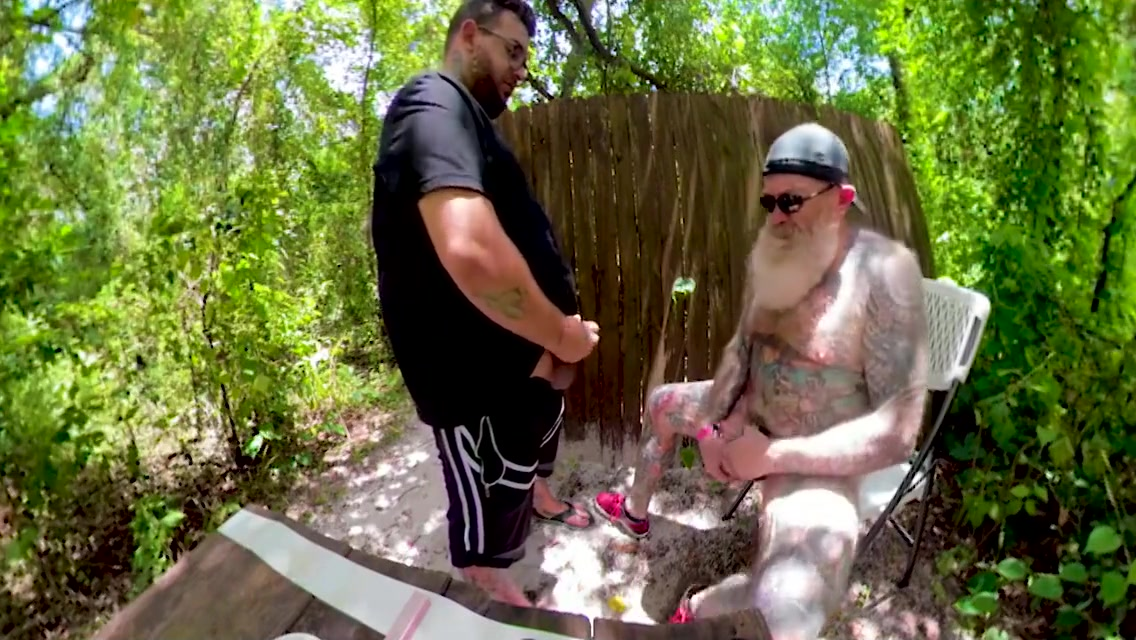 Inked Daddy Bear on the Trails. Stroking, Drinking Piss and Sucking Cock Www Full Sex Video 2018