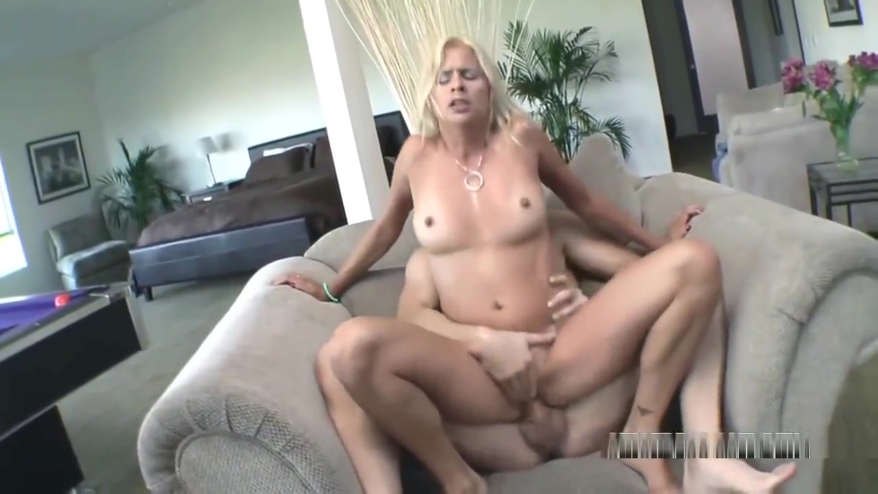 Blonde MILF Payton Leigh is getting her twat fucked Is there a zabasearch for the uk
