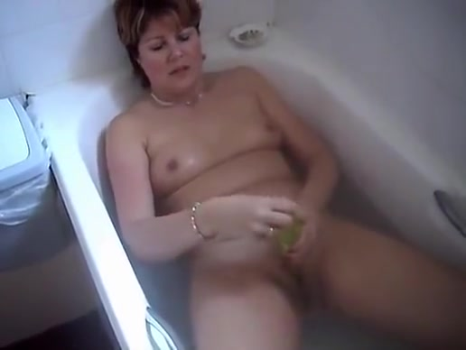 British Fuck 3 Bosses wife tits