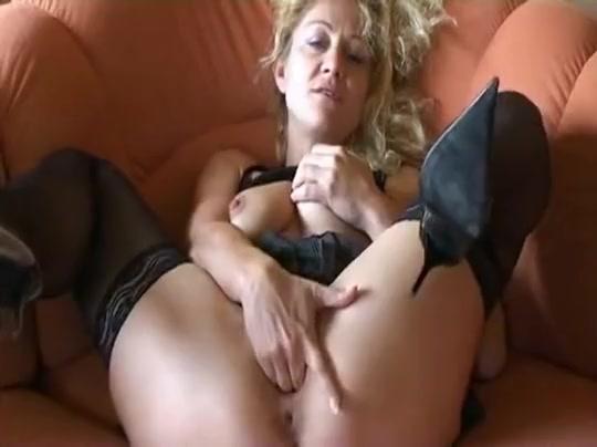Deutsch - German Mature Sexy orgy nude pics