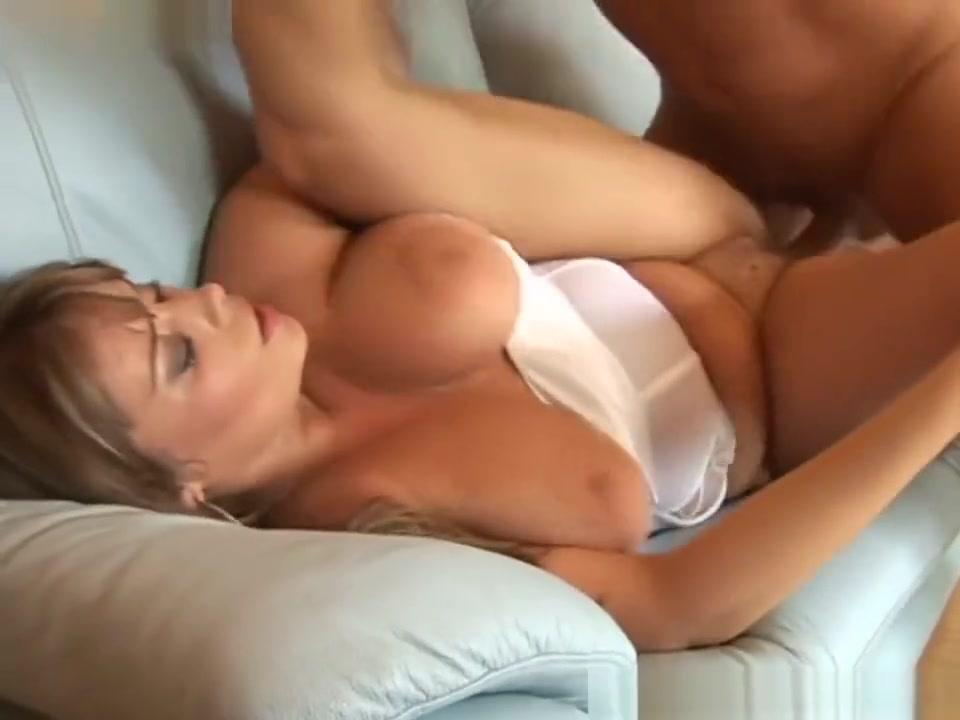 Krystal De Boor large penis men club