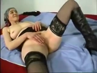 Mature Wife Wants Young Boy Furry blow job porn