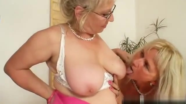 Well-endowed grandma penetrates a milf Double domination of skinny submissive