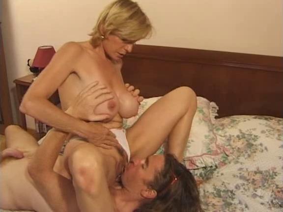 Французское порно мамочки #12