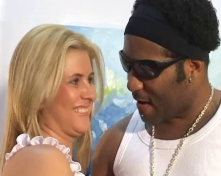 Black cock meets a blonde MILF in this interracial vid Famous Av Porn Actress