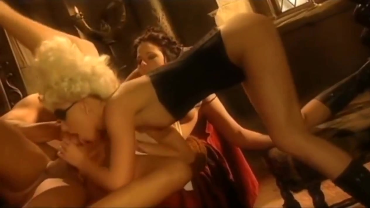 Great anal threesome