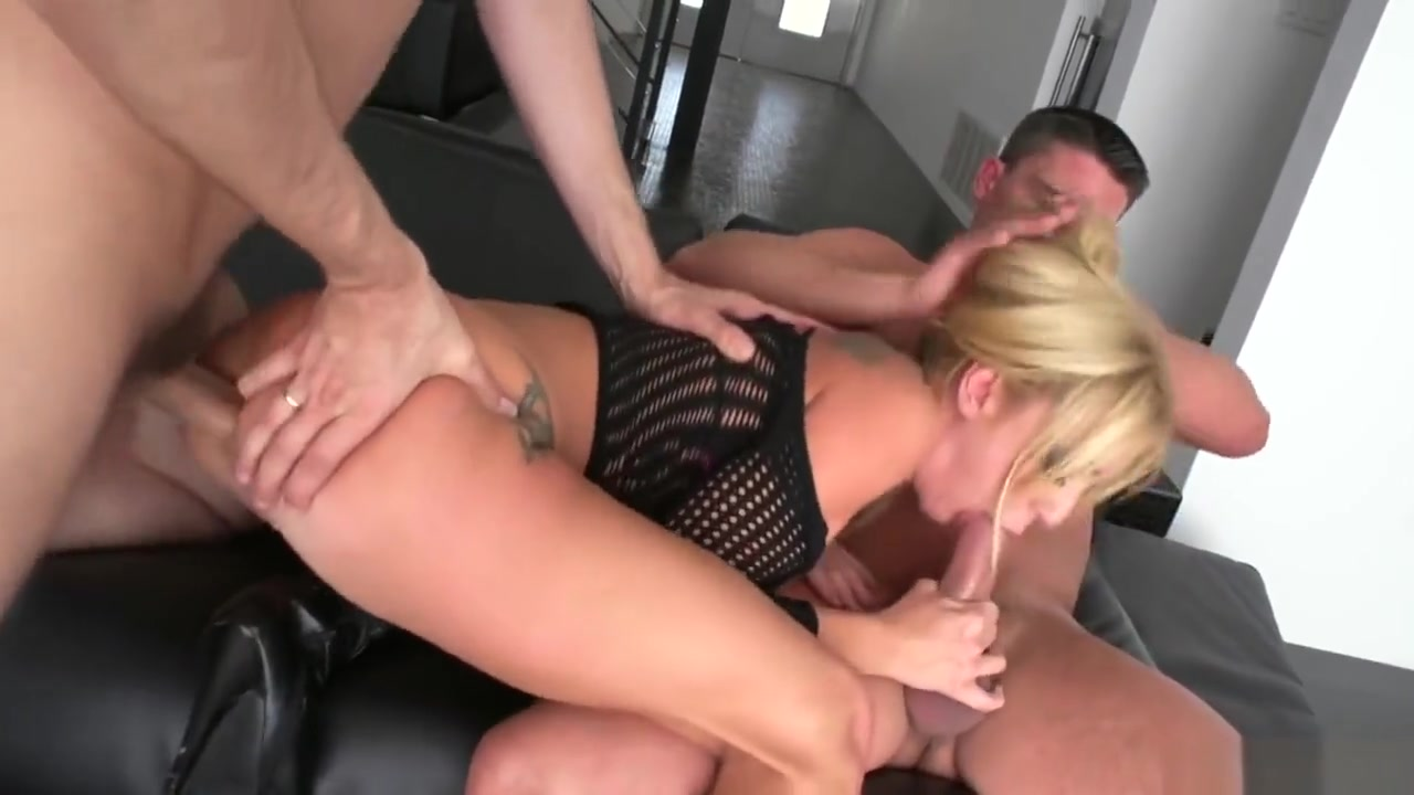 2 cocks in hot Blonde Hookup fails