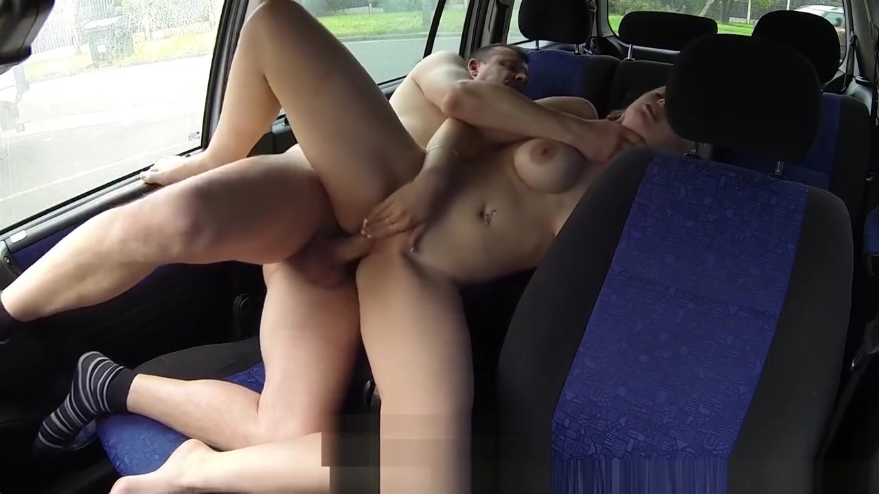Amateur Anal CarSex with Big Tits Blonde