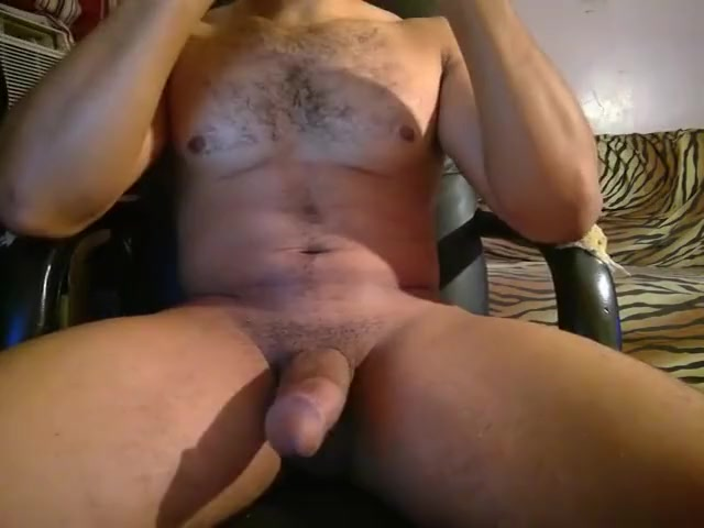 Muscular Arab hunk playing with himself Naked old men having sex