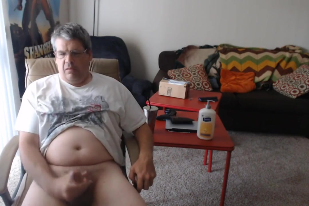 PULL SHOR AND LEGS UP AND GIVE MYSHELF A HANDJOB canker sores oral sex