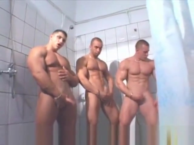3 MUSCLE SOLO IN SHOWER girls viking naked porn
