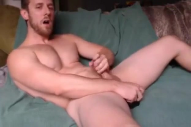 Bearded hunk takes dildos and jerks off on cam How do you know if hookup is going well
