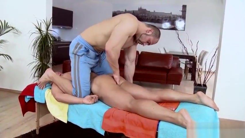 Muscle daddy anal sex with massage clone a willy uncensored