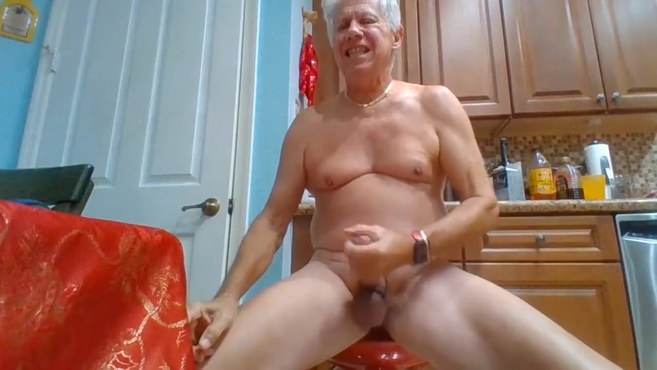 Gary Staggs Jacking #4 son and mom sex clips