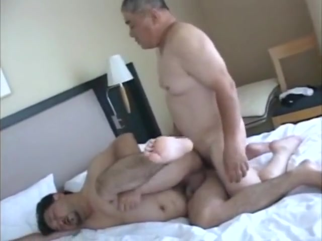 [SAMSON] JP BEAR FUCKING What do you say to a woman on a hookup site