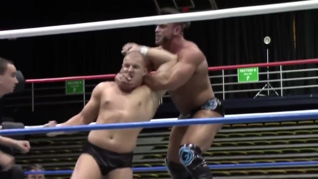Hot Wrestling Men: Cage vs Mondo what does oh milf mean