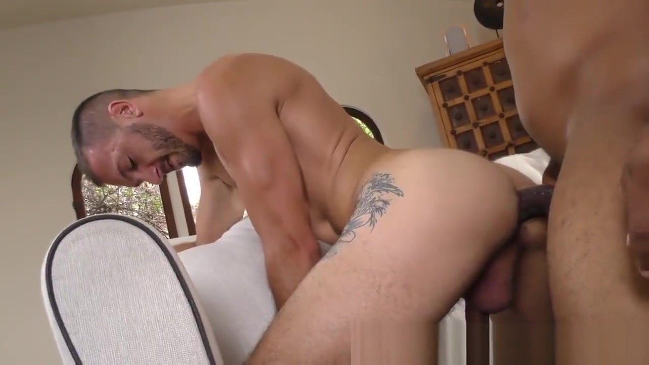 Black man cums on gay guy black people porn video